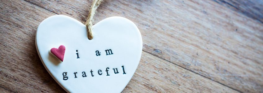 "Keyring saying ""I am grateful"""